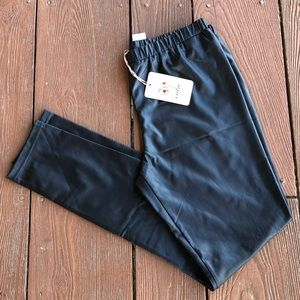 NWT {Entro} faux leather leggings